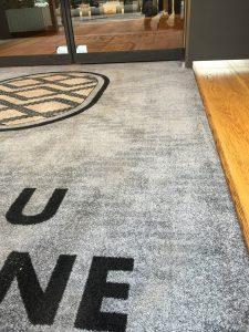 tapis personnalisés Dijon, tapis personnalisés hôtel, tapis personnalisés restaurant